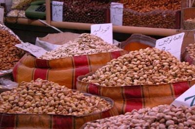Сколько орехов в Иране! Какие хочешь! Аж стало жалко, что ни я, ни Любен не являемся ценителями орехов. Автор фото Завирюхина Мария (Масяня)